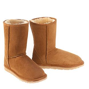 Deluxe Classic Short Ugg Boots - Chestnut